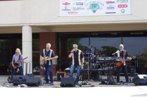 Lake Jackson Summer Concerts @ Lake Jackson Civic Center